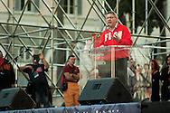 """""""Costituzione, la via maestra"""". Manifestazione in difesa della Costituzione italiana. Roma, 12 ottobre 2013. Maurizio Landini (FIOM)"""