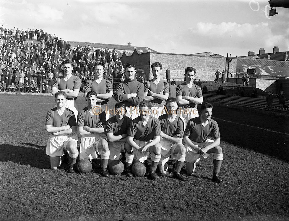 30/03/1958<br /> 03/30/1958<br /> 30 March 1958<br /> F.A.I. Cup Semi-Final: Dundalk v Shelbourne at Dalymount Park, Dublin. The Shelbourne team.