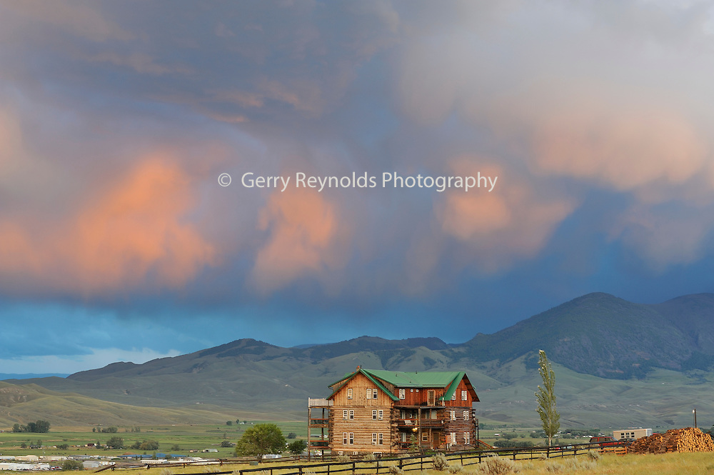 Sunset, Syringa Lodge Bed and Breakfast, Syringa Lodge, Bed and Breakfast, Salmon,  Idaho