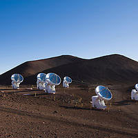 Mauna Kea Space Observatories; Submillimeter Array