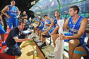 DESCRIZIONE : Firenze I&deg; Torneo Nelson Mandela Forum Italia Macedonia<br /> GIOCATORE : Simone Pianigiani<br /> SQUADRA : Nazionale Italia Uomini <br /> EVENTO : I&deg; Torneo Nelson Mandela Forum <br /> GARA : Italia Macedonia<br /> DATA : 16/07/2010 <br /> CATEGORIA : TiemOut<br /> SPORT : Pallacanestro <br /> AUTORE : Agenzia Ciamillo-Castoria/M.Gregolin<br /> Galleria : Fip Nazionali 2010