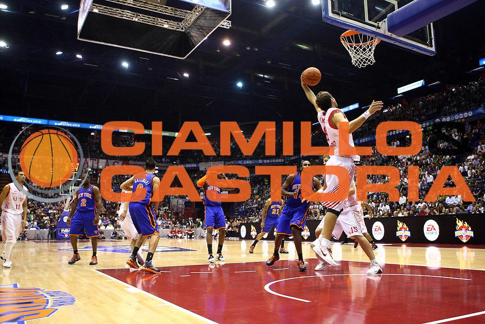 DESCRIZIONE :  Milano NBA EUROPE LIVE TOUR 2010  ARMANI JEANS MILANO NEW YORK KNICKS<br /><br />GIOCATORE :  Stefano Mancinelli<br /><br />SQUADRA : Armani Jeans Milano<br /><br />EVENTO : :  NBA EUROPE LIVE TOUR 2010  ARMANI JEANS MILANO NEW YORK KNICKS<br /><br /><br />GARA : ARMANI JEANS  MILANO NEW YORK KNICKS<br /><br />DATA : 03/10/2010<br /><br />CATEGORIA : Rimbalzo<br /><br />SPORT : Pallacanestro<br /><br />AUTORE : Agenzia Ciamillo-Castoria/F.Zovadelli<br /><br />GALLERIA : NBA EUROPE LIVE TOUR 2010<br /><br />FOTONOTIZIA : :  NBA EUROPE LIVE TOUR 2010  ARMANI JEANS MILANO NEW YORK KNICKS<br /><br />PREDEFINITA :