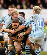 Wycombe, GREAT BRITAIN, Wasps,   Joe WORSLEY, sandwiched between right Ed BARNES and Matt SALTER, during the Guinness Premiership match, London Wasps vs Bristol Rugby, played at the Adams Park Stadium, on Sat. 23rd Feb 2008.  [Mandatory Credit, Peter Spurrier/Intersport-images]