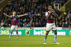 Leandro Bacuna of Aston Villa misses a shot on goal - Mandatory by-line: Jason Brown/JMP - 18/10/2016 - FOOTBALL - Madejski Stadium - Reading, England - Reading v Aston Villa - Sky Bet Championship