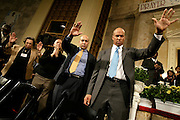 Cory Booker prays with his parents and brother on the day he announces his candidacy for Mayor in 2006.