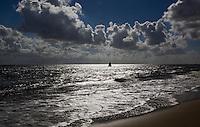 VLIELAND - Waddenze met wolkenlucht;  ANP COPYRIGHT KOEN SUYK