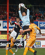 Motherwell's Darren Randolph holds a cross - Dundee v Motherwell, Clydesdale Bank Scottish Premier League at Dens Park.. - © David Young - 5 Foundry Place - Monifieth - DD5 4BB - Telephone 07765 252616 - email: davidyoungphoto@gmail.com - web: www.davidyoungphoto.co.uk