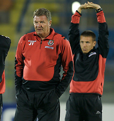 San Marino, San Marino - Wednesday, October 17, 2007: Wales' captain Craig Bellamy and manager John Toshack before the Group D UEFA Euro 2008 Qualifying match against San Marino at the Serravalle Stadium. (Photo by David Rawcliffe/Propaganda)