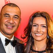 NLD/Amsterdam/20161221 - NOC*NSF Sportgala 2016, Ruud Gullit en partner Karen de Rooij