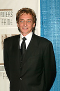 Inductee Barry Manilow at the 33rd Annual Songwriters Hall Of Fame Awards induction ceremony at The Sheraton New York Hotel in New York City. June 13 2002. <br /> Photo: Evan Agostini/PictureGroup