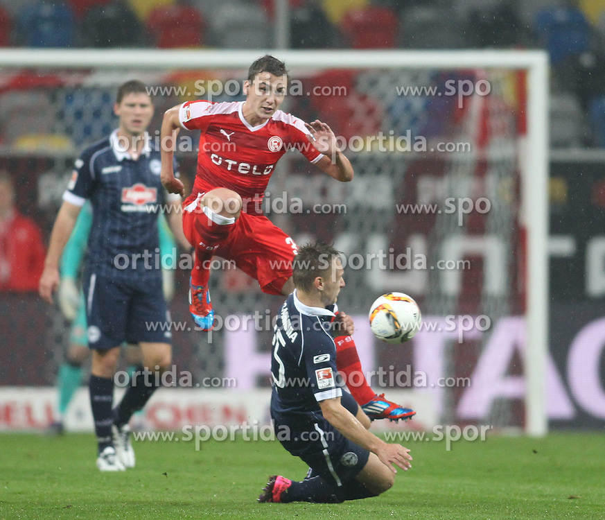 16.10.2015, Esprit Arena, Duesseldorf, GER, 2. FBL, Fortuna Duesseldorf vs DSC Arminia Bielefeld, 11. Runde, im Bild Marcel Sobottka (Fortuna Duesseldorf #31) im Zweikampf gegen Bjoern Jopek (DSC Arminia Bielefeld #25) // during the 2nd German Bundesliga 11th round match between Fortuna Duesseldorf and DSC Arminia Bielefeld at the Esprit Arena in Duesseldorf, Germany on 2015/10/16. EXPA Pictures &copy; 2015, PhotoCredit: EXPA/ Eibner-Pressefoto/ Sch&uuml;ler<br /> <br /> *****ATTENTION - OUT of GER*****