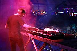 DJ Martin Solveig durante o Planeta Atlântida 2013/RS, que acontece nos dias 15 e 16 de fevereiro na SABA, em Atlântida. FOTO: Itamar Aguiar/Preview.com
