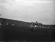 28/09/1960<br /> 09/28/1960<br /> 28 September 1960<br /> Soccer International: Ireland v Wales at Dalymount Park, Dublin. Wales won the game 3-2. Phil Kelly (Ireland) and Cliff Jones (Wales) in a race for possession.