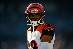 OAKLAND, CA - NOVEMBER 17: Wide receiver Tyler Boyd #83 of the Cincinnati Bengals warms up before the game against the Oakland Raiders at RingCentral Coliseum on November 17, 2019 in Oakland, California. The Oakland Raiders defeated the Cincinnati Bengals 17-10. (Photo by Jason O. Watson/Getty Images) *** Local Caption *** Tyler Boyd