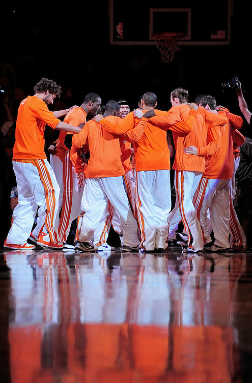 Mar. 26 2010; Phoenix, AZ, USA; The Phoenix Suns huddle prior to the game against the New York Knicks at the US Airways Center.  The Suns defeated the Knicks 132-96.  Mandatory Credit: Jennifer Stewart-US PRESSWIRE.