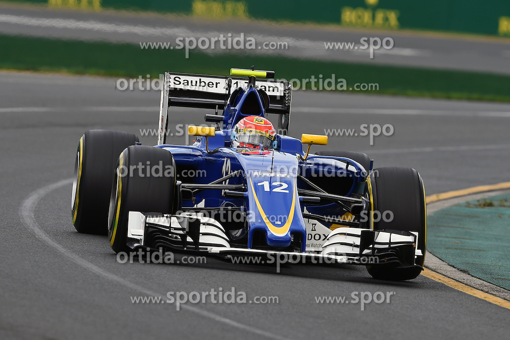18.03.2016, Albert Park Circuit, Melbourne, AUS, FIA, Formel 1, Grand Prix von Australien, Training, im Bild Felipe Nasr (BRA) Sauber C35 // during Practice for the FIA Formula One Grand Prix of Australia at the Albert Park Circuit in Melbourne, Australia on 2016/03/18. EXPA Pictures &copy; 2016, PhotoCredit: EXPA/ Sutton Images/ Andre/<br /> <br /> *****ATTENTION - for AUT, SLO, CRO, SRB, BIH, MAZ only*****