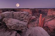 (m) Spider Rock, Canyon de Chelly National Monument, Arizona, USA