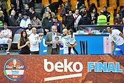 DESCRIZIONE : Final Eight Coppa Italia 2015 Finale Olimpia EA7 Emporio Armani Milano - Dinamo Banco di Sardegna Sassari <br /> GIOCATORE : David Logan MVP Jeff Brooks<br /> CATEGORIA : Ritratto Esultanza Curiosità<br /> SQUADRA : Banco di Sardegna Sassari<br /> EVENTO : Final Eight Coppa Italia 2015 <br /> GARA : Olimpia EA7 Emporio Armani Milano - Dinamo Banco di Sardegna Sassari <br /> DATA : 22/02/2015 <br /> SPORT : Pallacanestro <br /> AUTORE : Agenzia Ciamillo-Castoria/C.Atzori