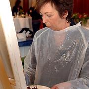NLD/Amsterdam/20060209 - Bekende Nederlanders schilderen voor de Stichting Lezen en Schrijven, Renate Dorrestein