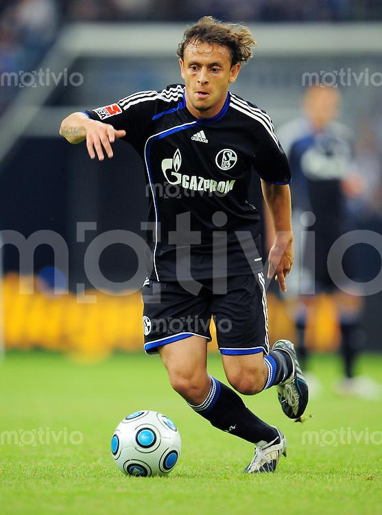 FUSSBALL   T-HOME CUP   SAISON 2009/2010   SPIEL UM PLATZ 3 FC Schalke 04 - FC Bayern Muenchen        19.07.2009 RAFINHA (FC Schalke 04) Einzelaktion am Ball