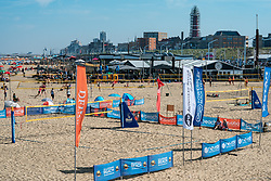 25-08-2019 NED: DELA NK Beach Volleyball, Scheveningen<br /> Last day NK Beachvolleyball / Scheveningen beach, Pier, people