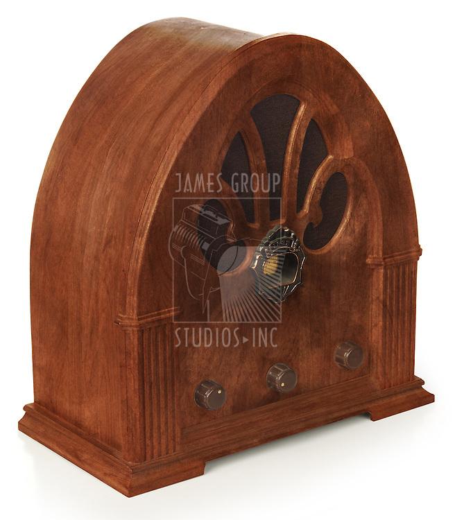 Gothic radio on white, isometric view