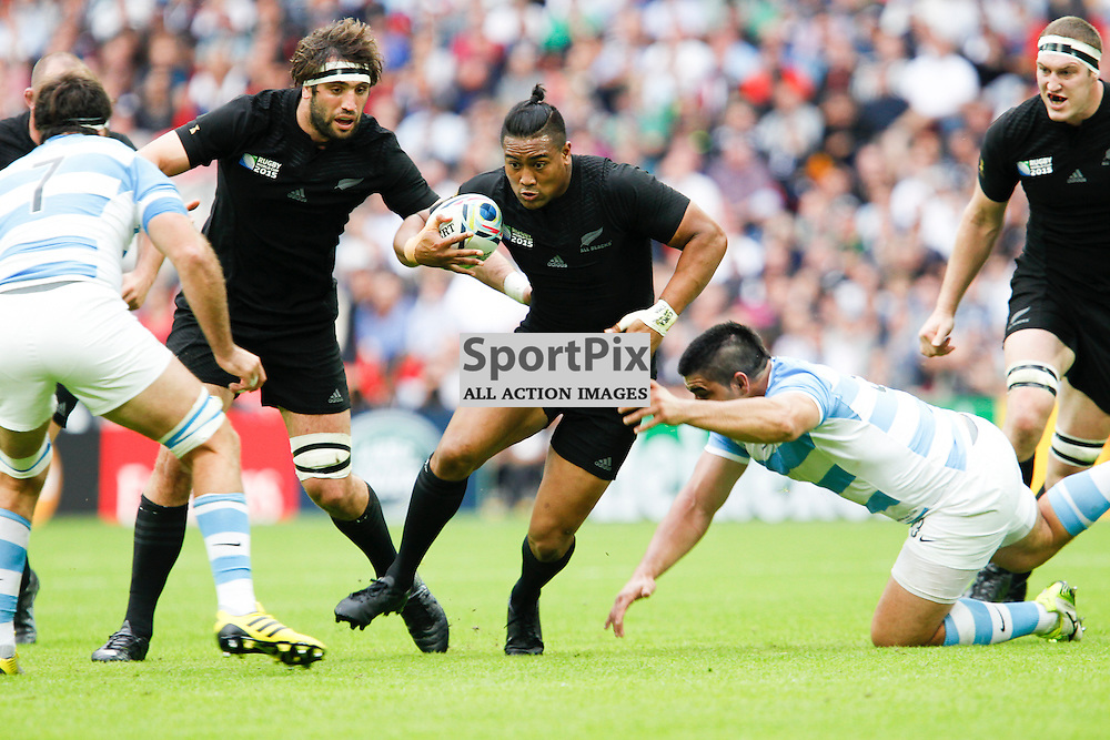 WEMBLEY, ENGLAND - SEPTEMBER 20: Julian Savea of New Zealand in action during the 2015 Rugby World Cup Pool C match between New Zealand and Argentina at Wembley Stadium on September 20, 2015 in London, England. (Credit: SAM TODD | SportPix.org.uk)