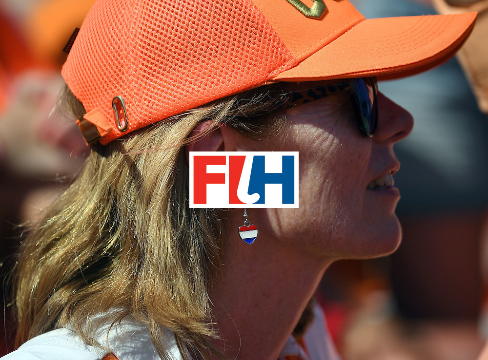 A Netherlands fan attends the women's semifinal field hockey Netherlands vs Germany match of the Rio 2016 Olympics Games at the Olympic Hockey Centre in Rio de Janeiro on August 17, 2016. / AFP / MANAN VATSYAYANA        (Photo credit should read MANAN VATSYAYANA/AFP/Getty Images)