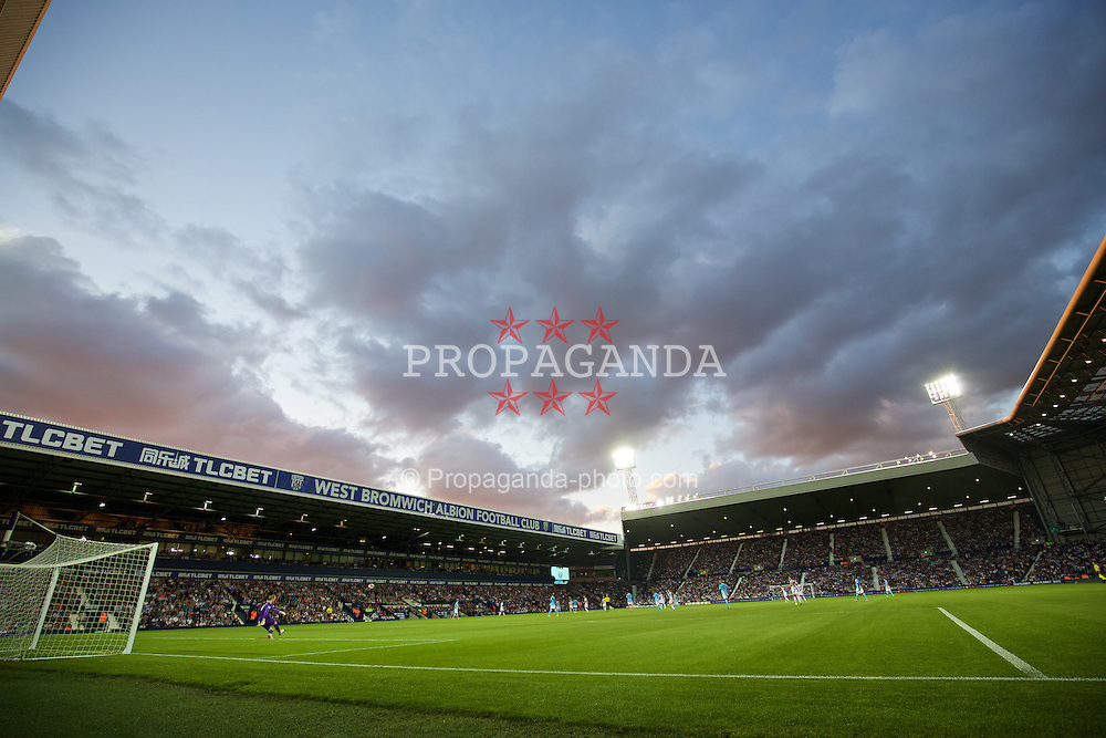 WEST BROMWICH, ENGLAND - Monday, August 10, 2015: Manchester City take on West Bromwich Albion during the Premier League match at the Hawthorns. (Pic by David Rawcliffe/Propaganda)