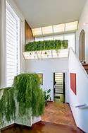 opendeur in geklasseerde woning van schellekens-stichter van architectenbureau AIM Turnhout-foto joren de weerdt