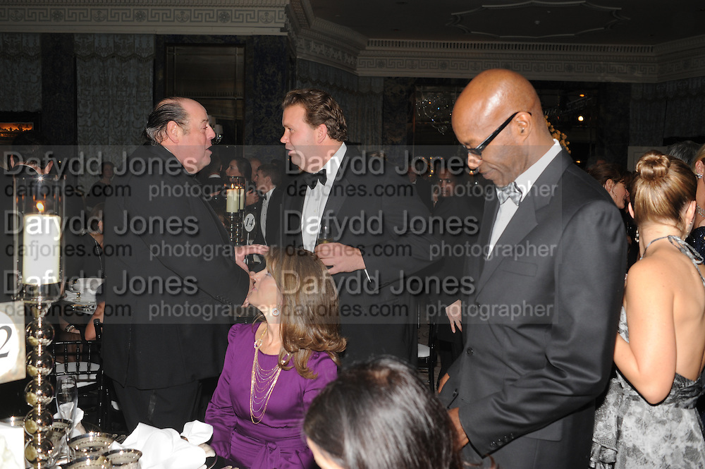HON NICHOLAS SOAMES;ED MOSES, The Cartier Racing Awards. The Ballroom, Dorchester hotel. Park Lane. London. 15 November 2011. <br /> <br />  , -DO NOT ARCHIVE-© Copyright Photograph by Dafydd Jones. 248 Clapham Rd. London SW9 0PZ. Tel 0207 820 0771. www.dafjones.com.