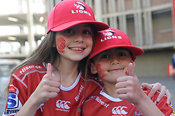28-07-18 Emirates Airline Park, Johannesburg. Super Rugby semi-final Emirates Lions vs NSW Waratahs. Lions fans sister and brother Carla (10) and Dylan (7) Gallagher from Florida. Picture: Karen Sandison/African News Agency (ANA)