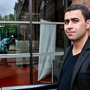 NLD/Amsterdam/20080820 - Persviewing het Schnitzelparadijs, Yahya Gaier