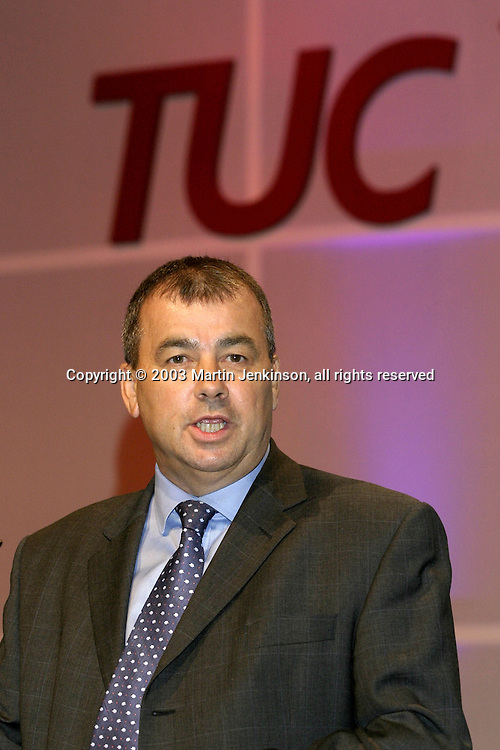 Brendan Barber, TUC General Secretary,  speaking at the Trades Union Congress....© Martin Jenkinson tel 0114 258 6808  mobile 07831 189363 email martin@pressphotos.co.uk  NUJ recommended terms & conditions apply. Copyright Designs & Patents Act 1988. Moral rights asserted credit required. No part of this photo to be stored, reproduced, manipulated or transmitted by any means without prior written permission.