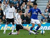 Photo: Steve Bond.<br /> Derby County v Everton. The FA Barclays Premiership. 28/10/2007. Stepehn Pearson (C) slides in on Tim Cahill (R)