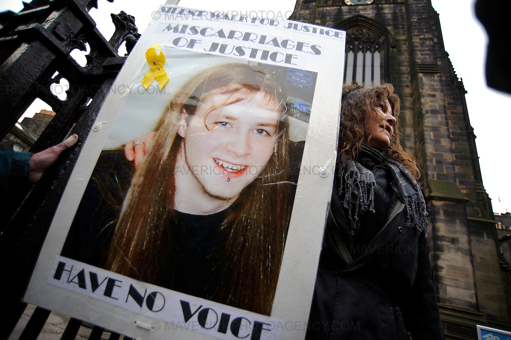 Luke Mitchell's mother Corinne marches down Edinburgh's Royal Mile in a  candle-lit vigil to highlight alleged miscarriages of justice - Edinburgh, Scotland, UK.  Luke is currently in prison for the murder of his girlfriend Jodie Jones..