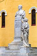 Vieja statues.