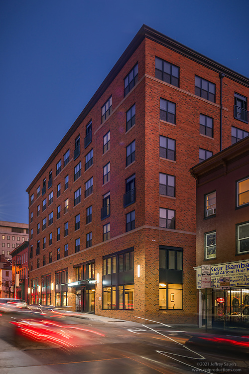 Architecural photo of Mulberry at Park Apartments in Baltimore Maryland by Jeffrey Sauers of Commercial Photographics, Architectural Photo Artistry in Washington DC, Virginia to Florida and PA to New England