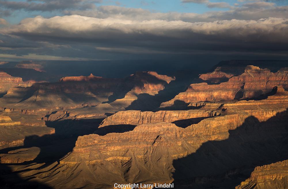 Grand Canyon, Mojave Point, Colorado River, South Rim, Arizona, rain, showers, National Park, AZ, storm, cloud, curtain, virga