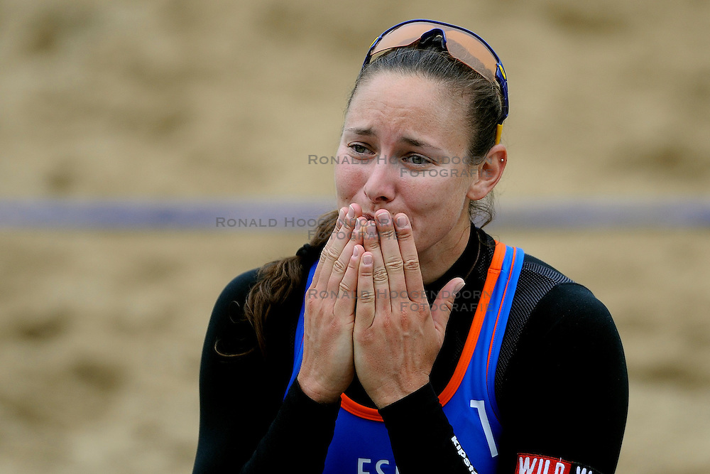 03-06-2012 VOLLEYBAL: EK BEACHVOLLEYBAL FINAL: SCHEVENINGEN<br /> Rocio Gomez SPA<br /> ©2012-FotoHoogendoorn.nl
