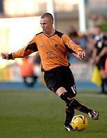 Photo: Daniel Hambury.<br />Millwall FC v Wolverhampton Wanderers. Coca Cola Championship. 21/01/2006.<br />Wolves' Celtic bound striker, Kenny Miller.