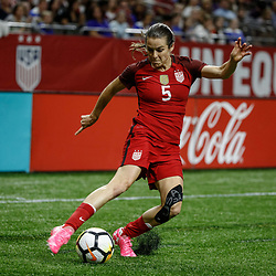 Oct 19, 2017; New Orleans, LA, USA; USA defender Kelly O'Hara (5) against Korea Republic during the first half of an International Friendly Women's Soccer match at the Mercedes-Benz Superdome. Mandatory Credit: Derick E. Hingle-USA TODAY Sports