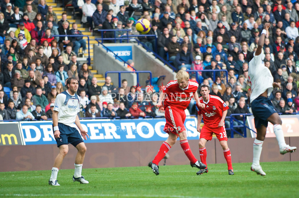 BOLTON, ENGLAND - Saturday, November 15, 2008: Liverpool's Dirk Kuyt scores the opening goal against Bolton Wanderers during the Premiership match at the Reebok Stadium. (Photo by David Rawcliffe/Propaganda)