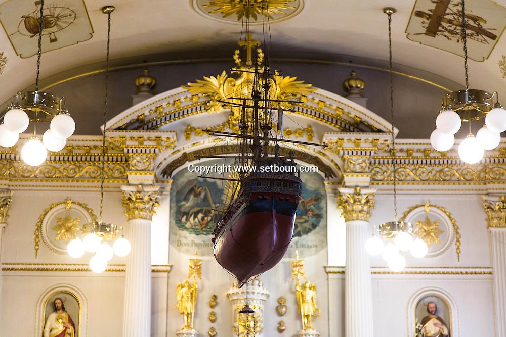 Canada. Quebec. NOTRE DAME DES VICTOIRES. fisherman church  in the old city   / NOTRE DAME DES VICTOIRES. eglise des marins. dans la vielle ville