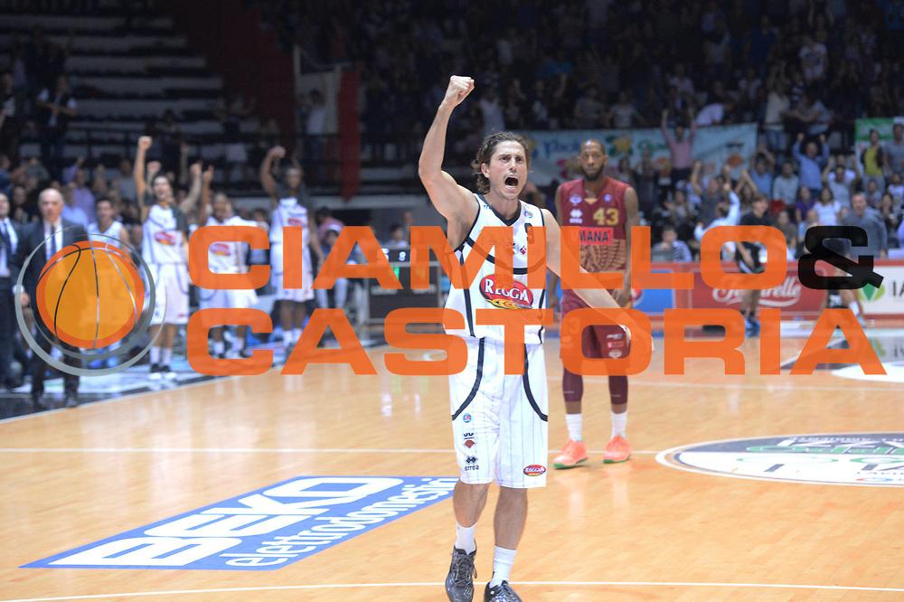 DESCRIZIONE : Caserta Lega A 2013-14 Pasta Reggia Caserta Umana Venezia<br /> GIOCATORE : Marco Mordente<br /> CATEGORIA : esultanza<br /> SQUADRA : Pasta Reggia Caserta<br /> EVENTO : Campionato Lega A 2013-2014<br /> GARA : Pasta Reggia Caserta Umana Venezia<br /> DATA : 13/10/2013<br /> SPORT : Pallacanestro <br /> AUTORE : Agenzia Ciamillo-Castoria/GiulioCiamillo<br /> Galleria : Lega Basket A 2012-2013  <br /> Fotonotizia : Caserta Lega A 2013-14 Pasta Reggia Caserta Umana Venezia<br /> Predefinita :