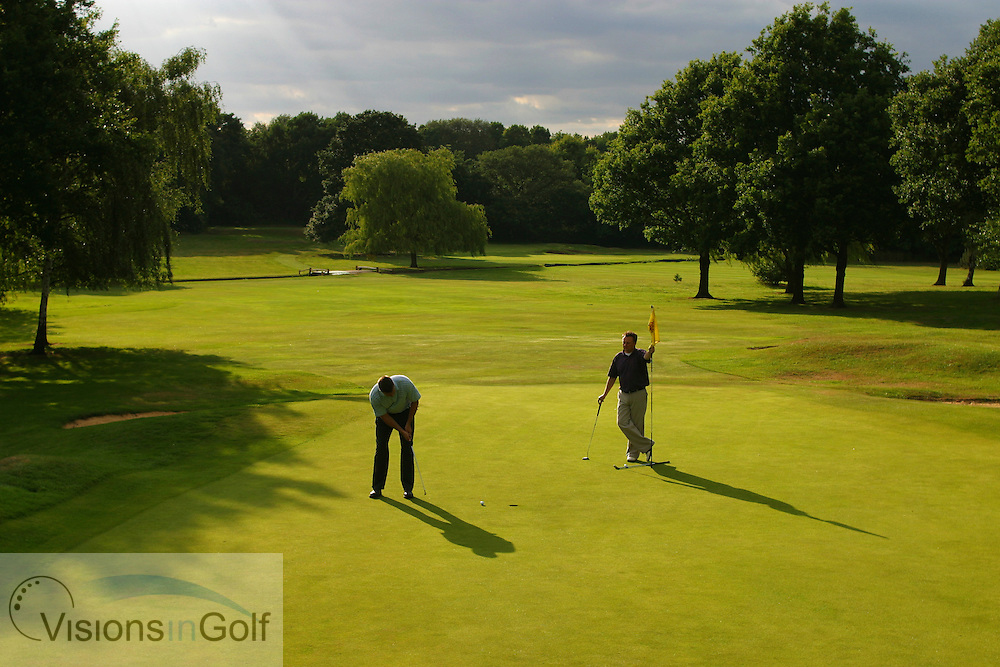 two ball playing the 17th hole at Sundridge Park GC, West Course, Bromley, Kent. <br /> Photo Mark Newcombe / visionsingolf.com