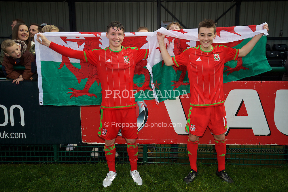 NEWPORT, WALES - Thursday, November 5, 2015: Wales' Kieron Holsgrove and Dylan Levitt celebrate after a 3-1 victory over Northern Ireland during the Under-16's Victory Shield International match at Dragon Park. (Pic by David Rawcliffe/Propaganda)