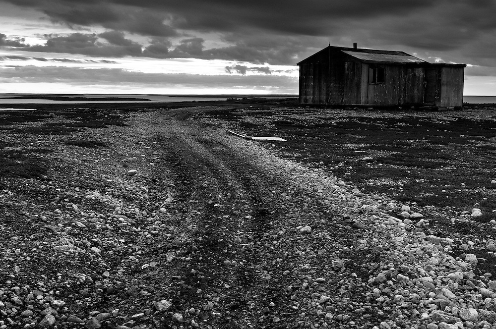 CANADA, Nunavut.Cabin in the tundra