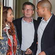 NLD/Amsterdam/20120604 - Vertrek Nederlands Elftal voor EK 2012, Nigel de Jong en partner Wynonah