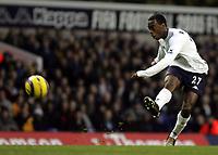 Fotball<br /> Premier League England 2004/2005<br /> Foto: SBI/Digitalsport<br /> NORWAY ONLY<br /> <br /> Tottenham V Southampton<br /> Barclays Premiership. White Heart Lane. 18/12/04<br /> <br /> Spurs Rohan Ricketts attempts a goal.